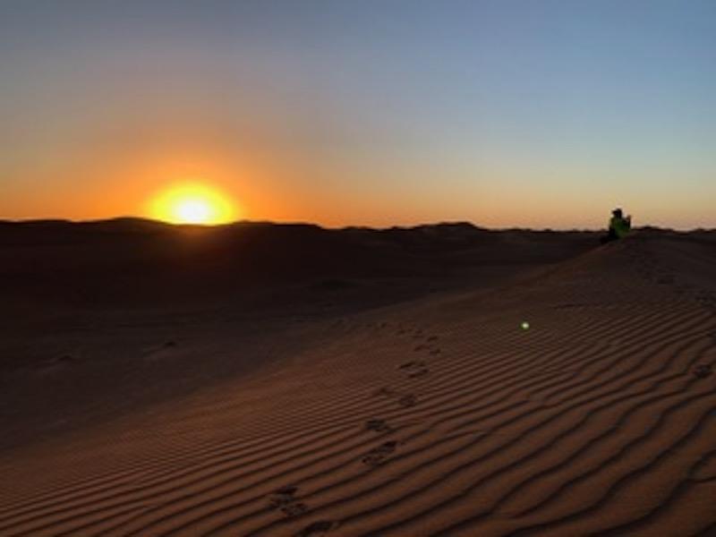 De oorverdovende stilte van de woestijn