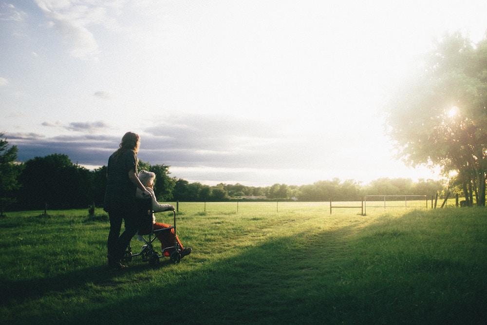 Mantelzorg – de rode mantel der liefde