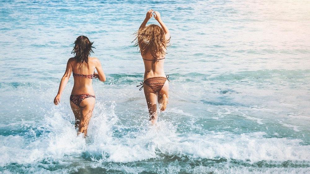 De confrontatie met jezelf in een niets verhullende bikini