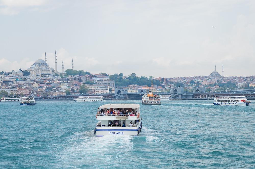 Spelen op de zee van Marmara
