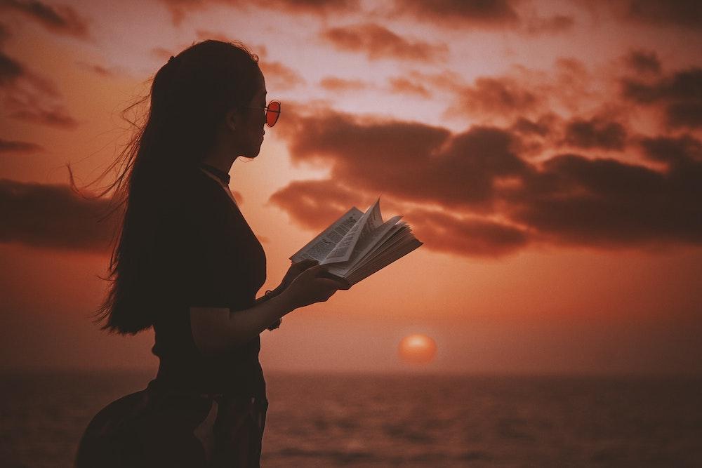 Hoe luidt de eerste zin van jouw boek?