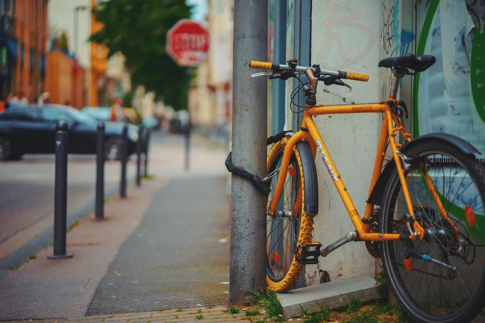 Vertrouw op God, maar zet wel je fiets op slot