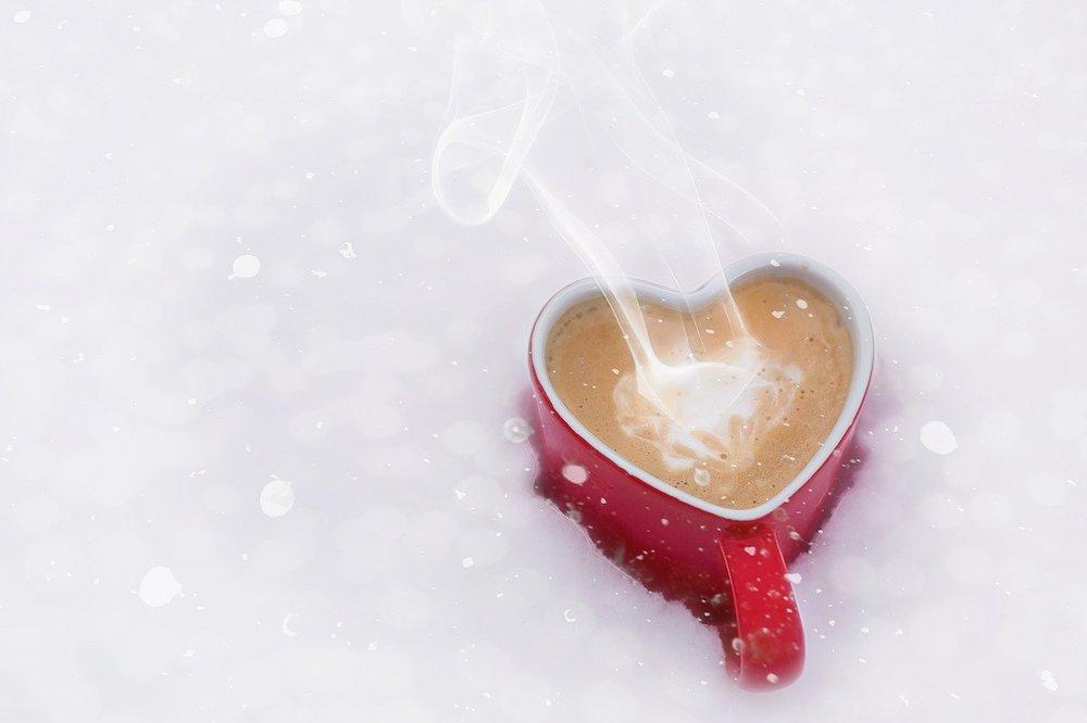 De sneeuw zorgt voor een zacht dekentje van plezier – ook in de liefde
